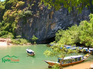 Daily tour to Phong Nha cave