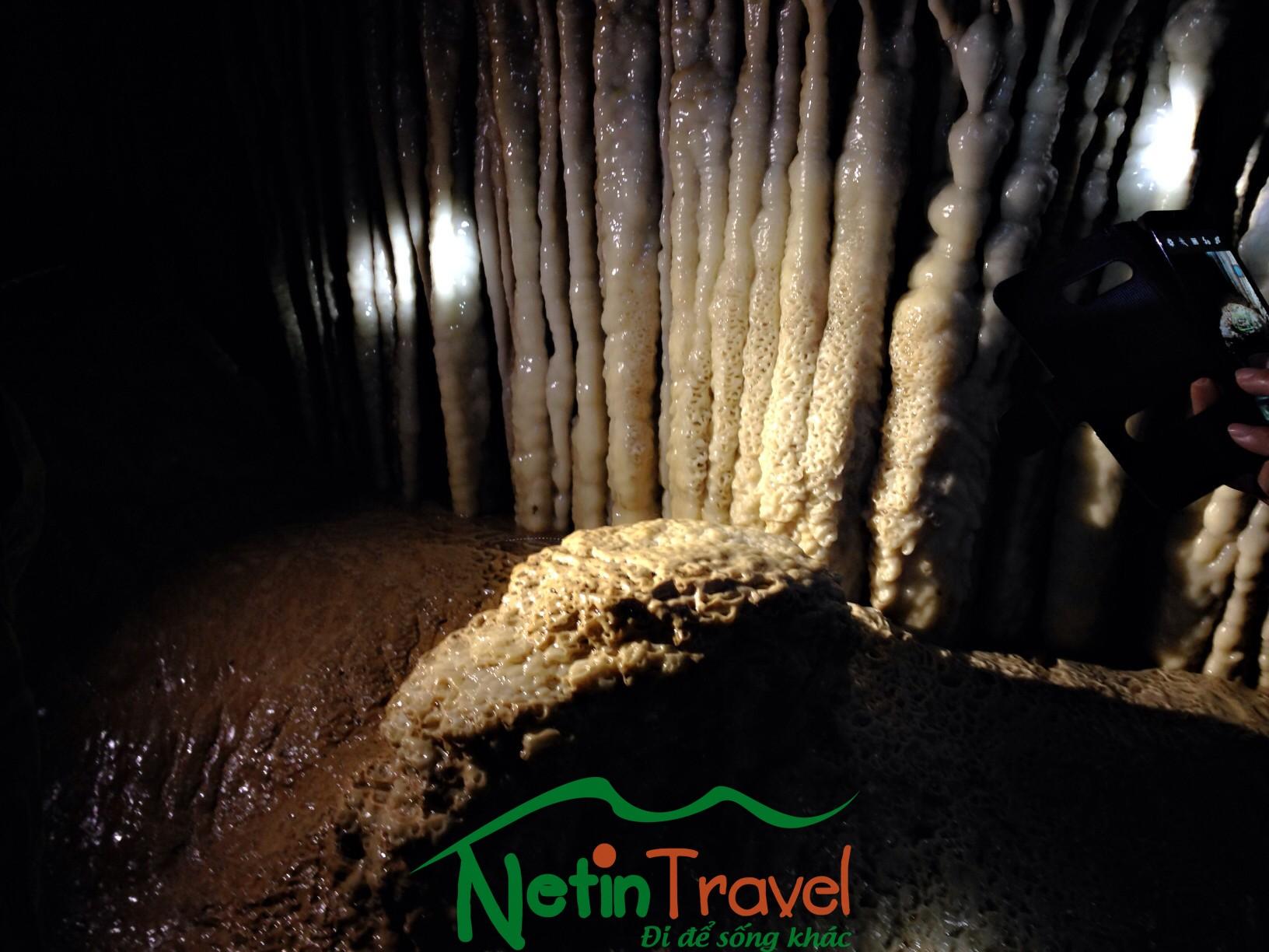 Paradise cave 7000m adventure
